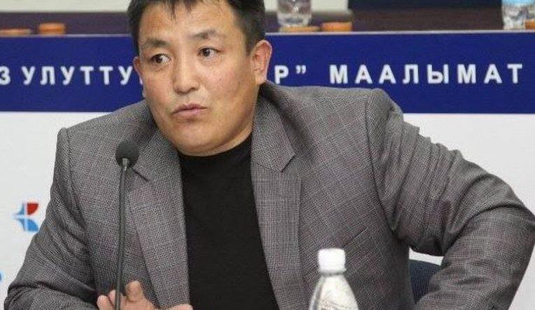 Абдувахаб Мониев: «Манасты» Коюп Англис Тилин Үйрөнүп, Латын Арибине Өтөлү